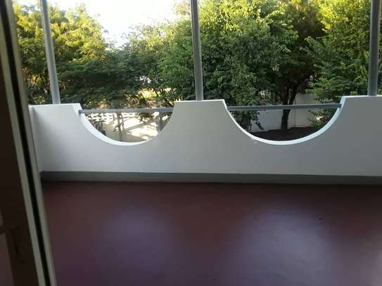 4 bed room house for rent at oyster bay image 3