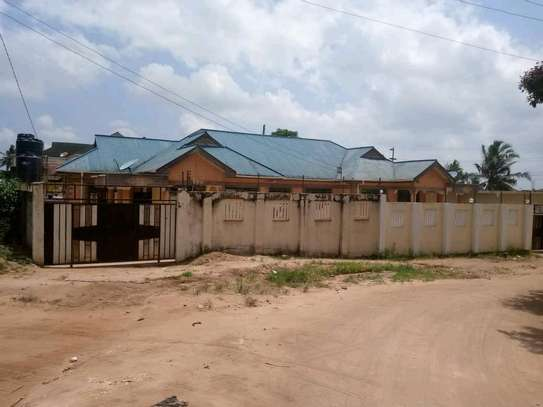 Two house for sale at kinyerezi ilala dar-es salam each have independent luku contains 3bedrooms dining,siting rooms ,kitchen with 3business frems and this is the corner plot  at price of tzsh 170m afordable and negotiable image 6