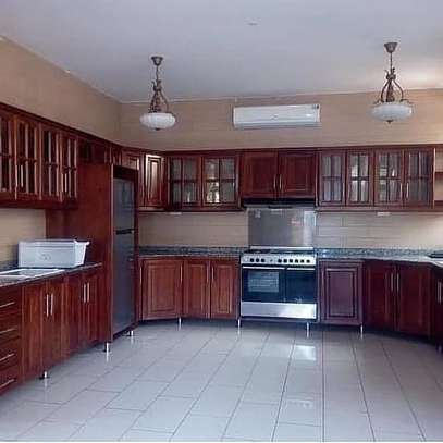 3bed apartment at mbezi tank bovu $600pm image 4