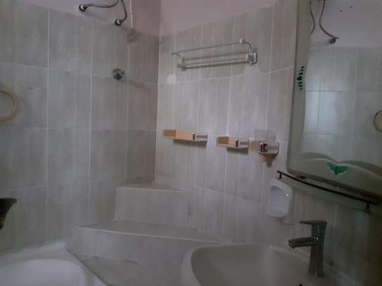 3 Bedroom Apartment in Osterbay image 9