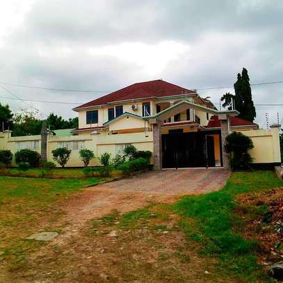 4 BEDROOMS STAND ALONE HOUSE FOR RENT