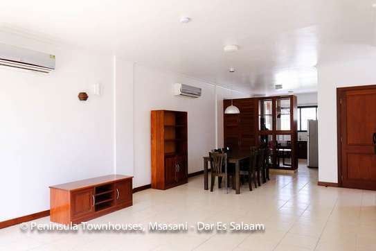 3 Bedrooms Townhouse With Sea View in Msasani image 10