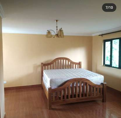 6BEDROOMS NICE HOUSE AT SAKINA AREA FOR RENT image 7