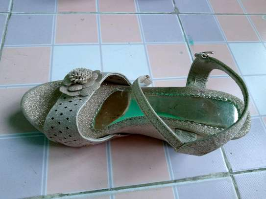 #SIMPLE MANAGABLE HIGH HEEL SHOES image 2