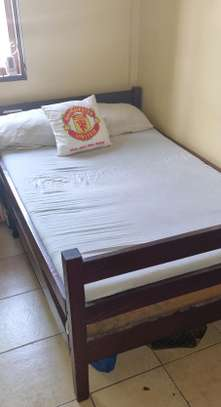 BED 4 * 6  BED  WITH TWO MATRESSES image 2