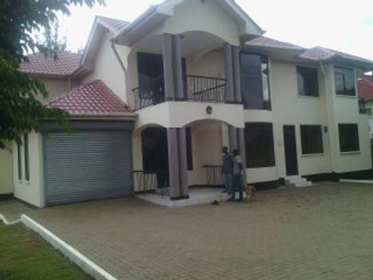 15BEDR.HOUSES/OFFICESS FOR RENT AT NJIRO image 1