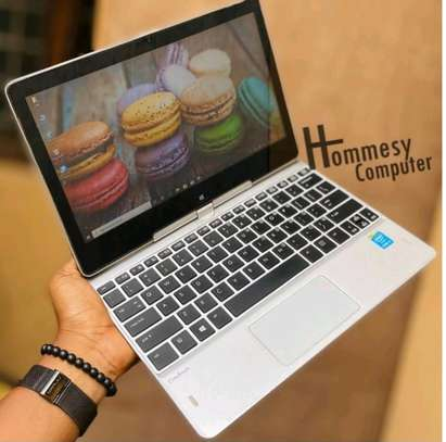 Hp revolve 810 G3 core i5 touch screen image 2