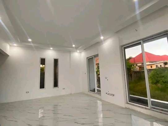 House for sale t sh 600 image 2