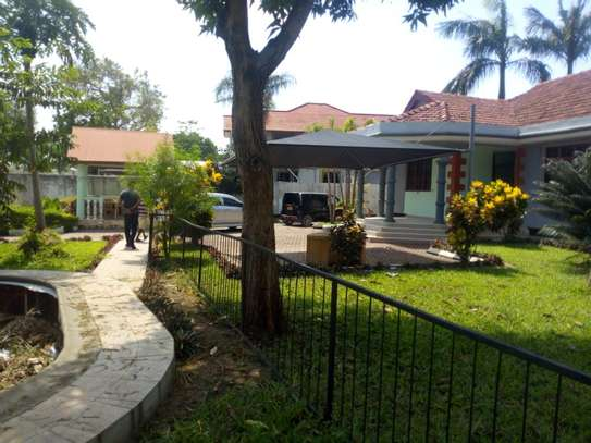3bed house bungalow at ada estate  on tamarc image 1