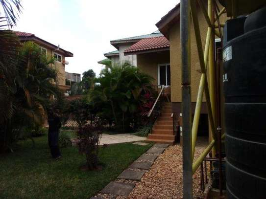 1 bed room house villa for rent at mikocheni image 2