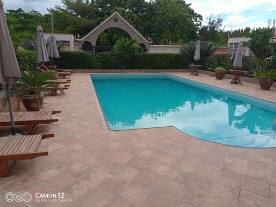 4 Bdrm Town House at Oysterbay image 1