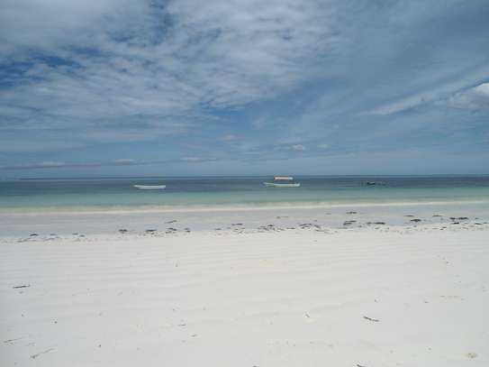 5,668 sqm OCEANFRONT LAND AT MATEMWE VILLAGE-ZANZIBAR ISLAND image 5