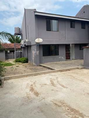 3 bed room house for sale at mbezi beach image 2