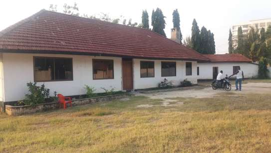 House for rent Oystabay Kinondoni Dar es salaam USD 1500 Per mouth.