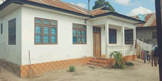 3 bdrms unfurnished House going cheap at MBAGALA-CHAMAZI image 1