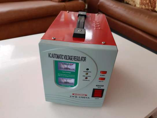 PACO 1.5KVA Voltage Regulator / Stabilizer both 240V and 110V