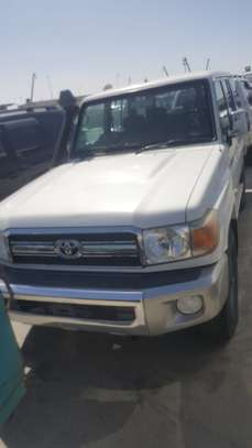 2012 Toyota HARDTOP 5DOORS  1HZ ENGINE USD27,000 UP TO DAR PORT image 1
