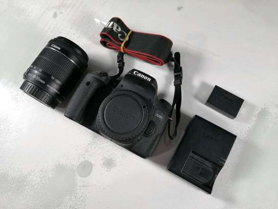 Canon EOS 760D Digital SLR Camera Kit with EF-S 18-55mm f/3.5-5.6 is