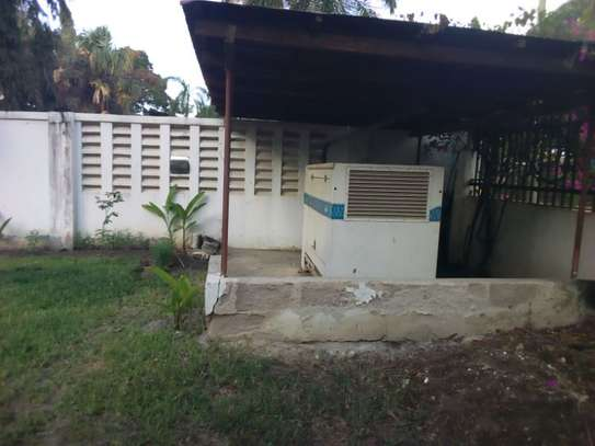 5bed house at mikocheni with pool $2000pm image 4