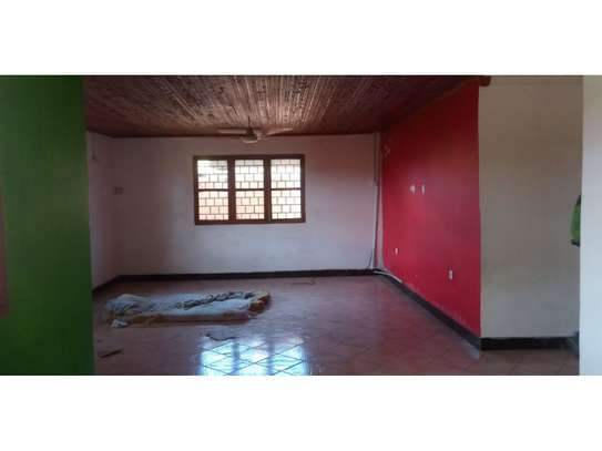 4 Bdrm Stand alone at mikocheni tsh 600,000 image 7