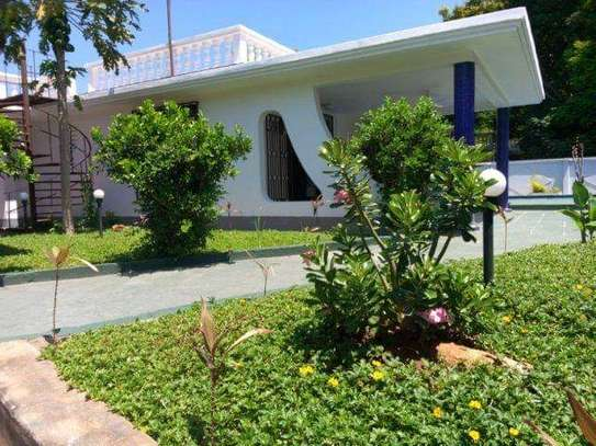 3 bed room house for rent at masaki near chole road image 3