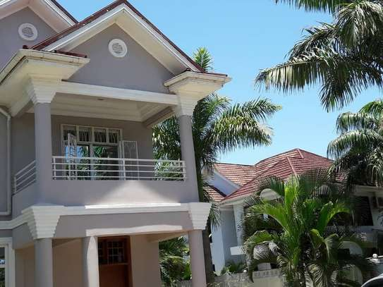 STAND ALONE HOUSE FOR RENT AT KAWE BEACH image 3