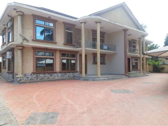 3bed furnished  villa in the compound at mikocheni a $1000pm