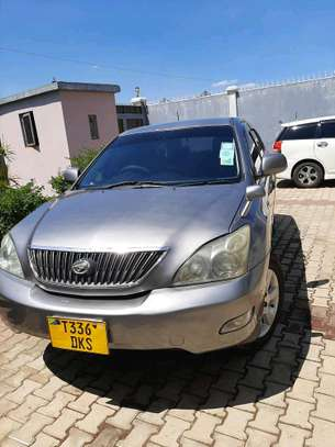 2006 Toyota Harrier image 1