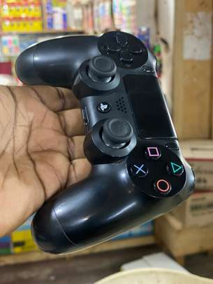 Ps4 controller image 6