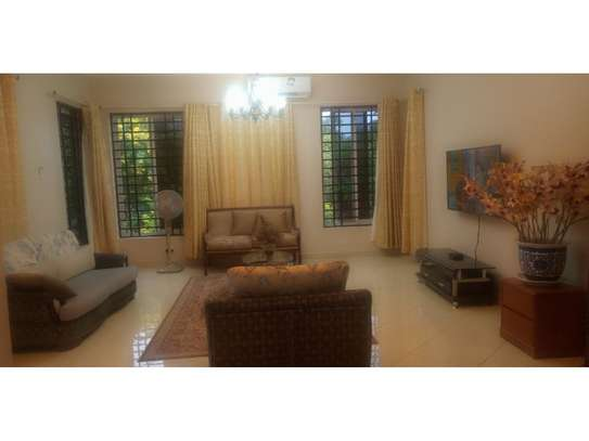 1 Bdrm Diplomatic House in Botanic Garden Furnished $1800pm at Oyster Bay Near Coco Beach image 10