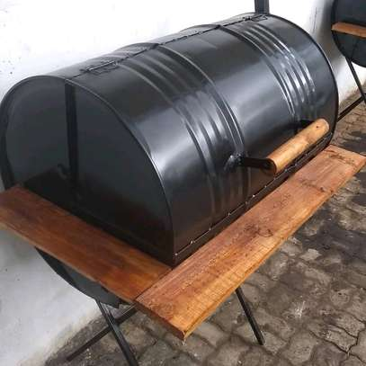 Barrel Charcoal Barbecue Smoker Grill...220,000/= image 1