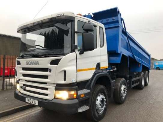 2010 Scania P360 8X4 TIPPER