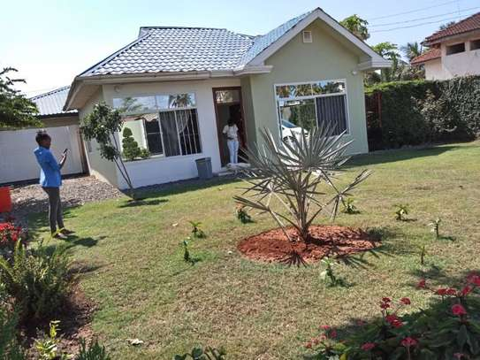 2bed small house for sale at mikocheni tsh200ml bomba image 8