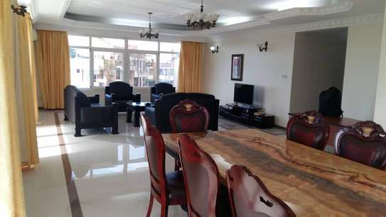 3 Bdrm Apartment at Palm Residence, City Centre.