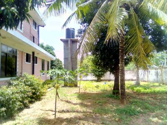 5 bed room house for sale at chanika image 9