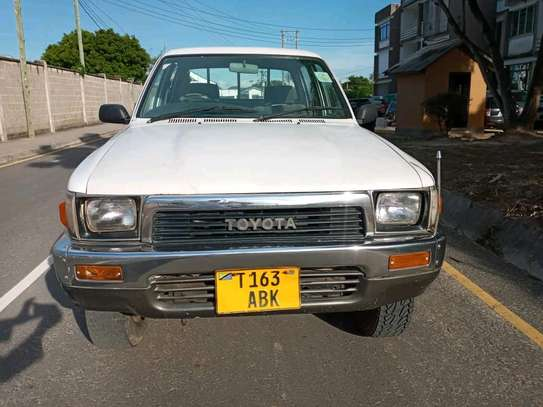 1996 Toyota Hilux image 9