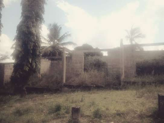 A plot with 3200sqm for sale image 7