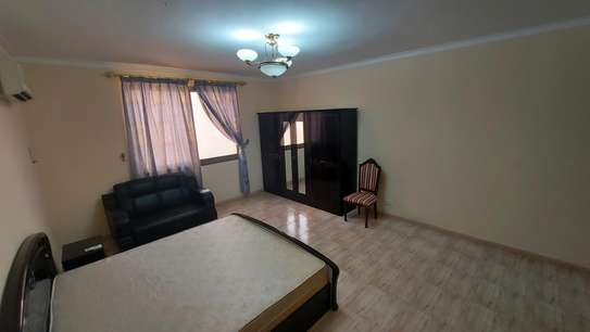 2 bedrooms oysyerbay image 5
