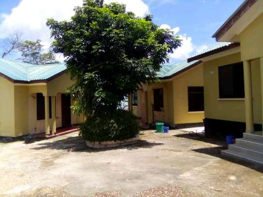3 (Self contained) Houses in a Compound for SALE at Mbezi-KwaMsuguri image 3