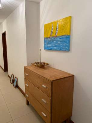 4 bedroom apartment image 4