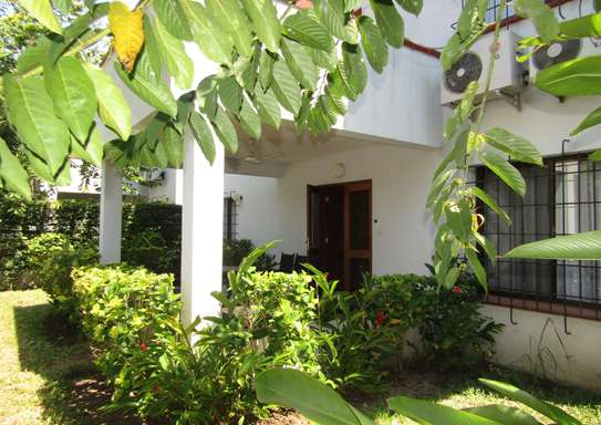 4 Bedroom Furnished Town House in Masaki image 11