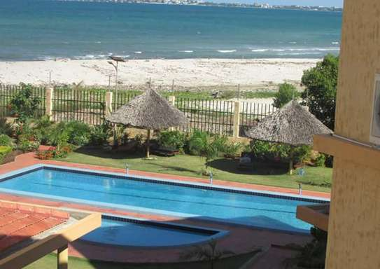 3 Bedroom Fully Furnished Villa House in Mbezi Beach image 10