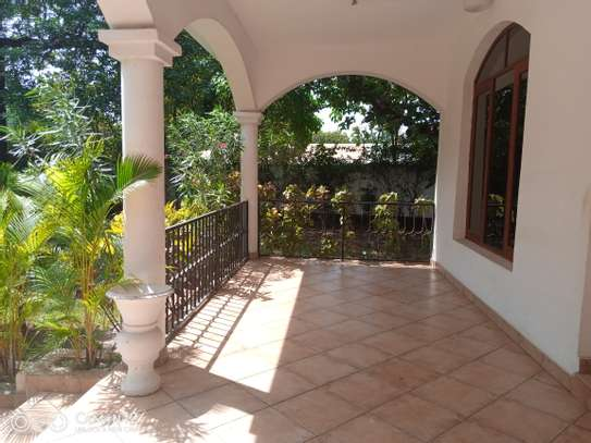 4bdrm house for rent in masaki image 1