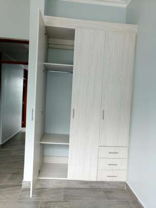 BRAND NEW 2BEDROOMS APPARTMENTS AT NGARAMTONI/BY PASS image 5