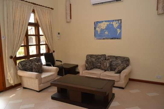 3 bed room town house for rent $800pm at mikocheni b tpdc image 13