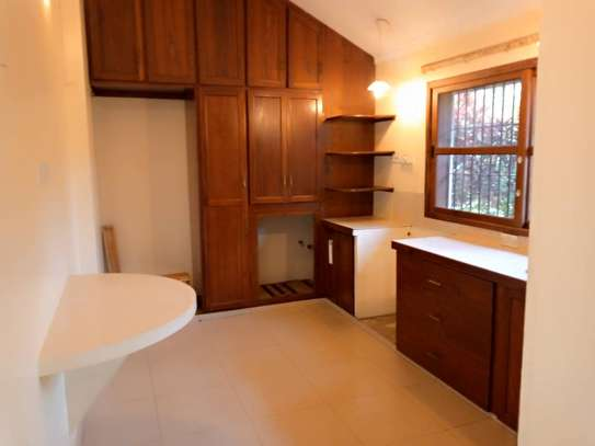 3 bed room big house stand alone for rent at oyster bay image 2