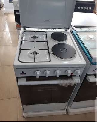 Gas  electric cooker image 1