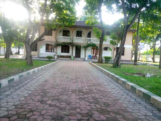 a 5bedrooms standalone in mbezi beach suitable for office or resifantial is now for rent image 1