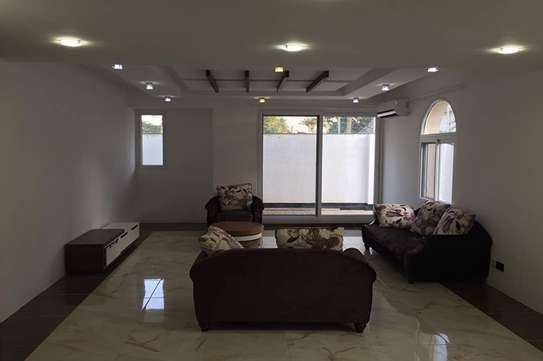 4 Bedroom Elegant Furnished Villa at Masaki Opposite Double Tree Hotel image 3