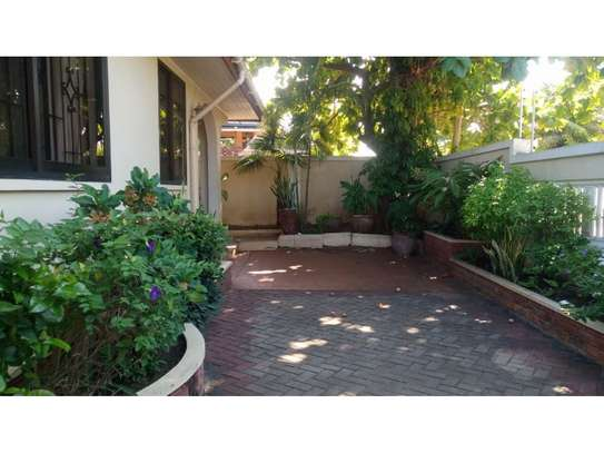 4bed house at mikocheni $1000pm image 9